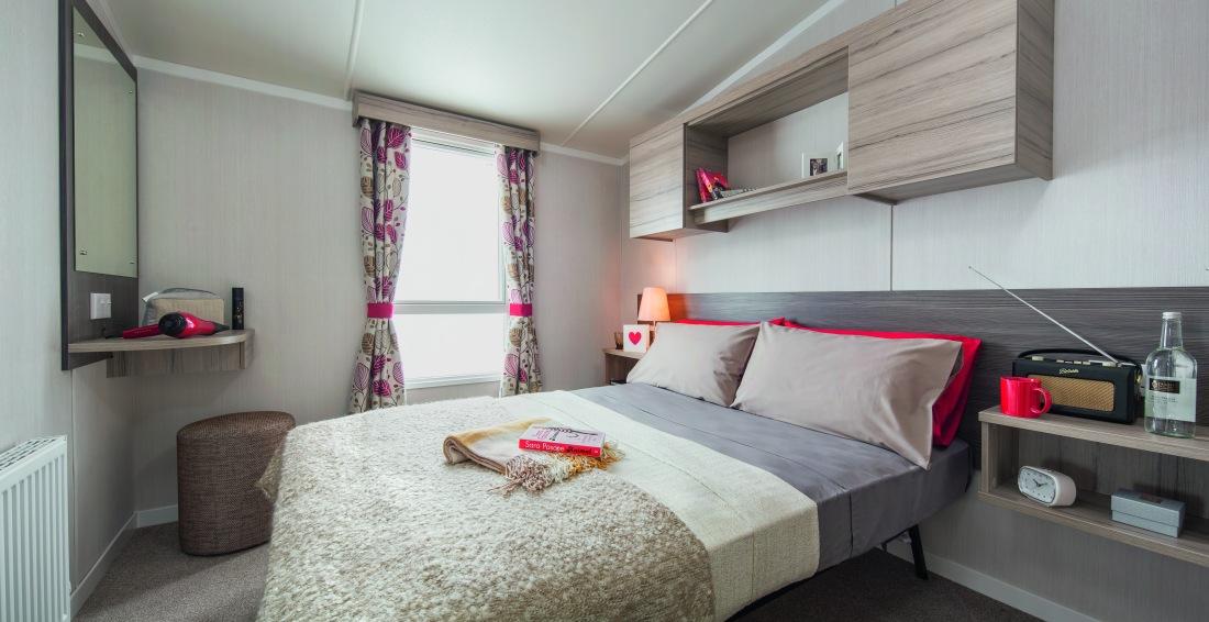 [INT]-Loire-35x12-2B-Master-Bedroom-[CMYK].jpg